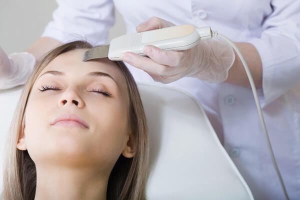 Аппаратная косметология – методы будущего на службе красоты
